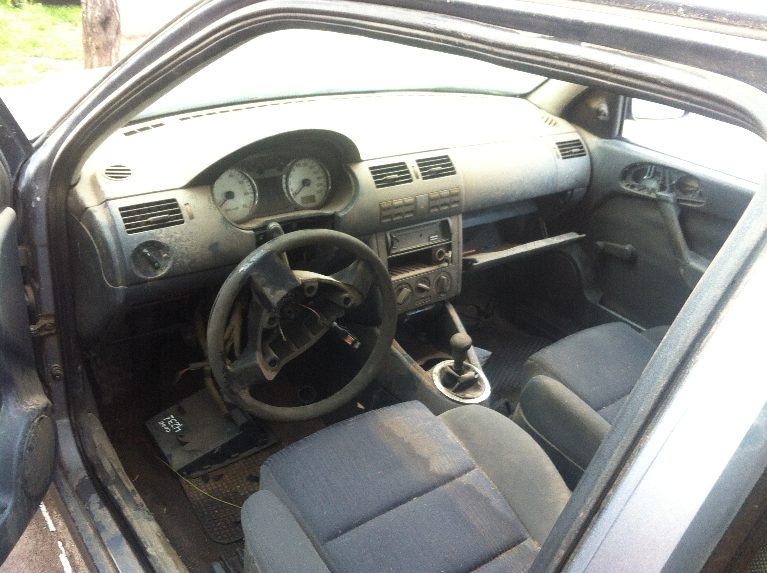 Volkswagen Gol G3 1 6 A 241 O 2004 Desarmaduria Repuestos
